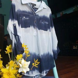 It. Blue/navy top